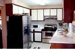 Кухня в доме Ричмонд Хилл
