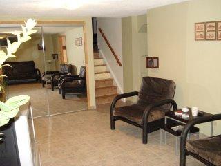 Бейсмент - недвижимость в Канаде, дом в Миссиссаге