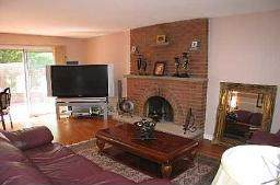 Family room in the house for sale in Brampton