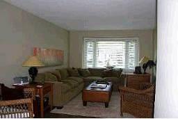 Комнаты в доме - недвижимость в Канаде