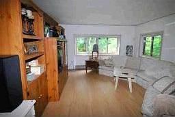 Жилая комната в канадском доме